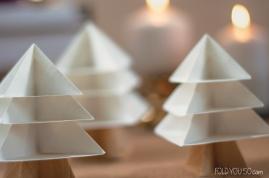 Desember betyr jul, og det ble brettet juletrær i den anledning.