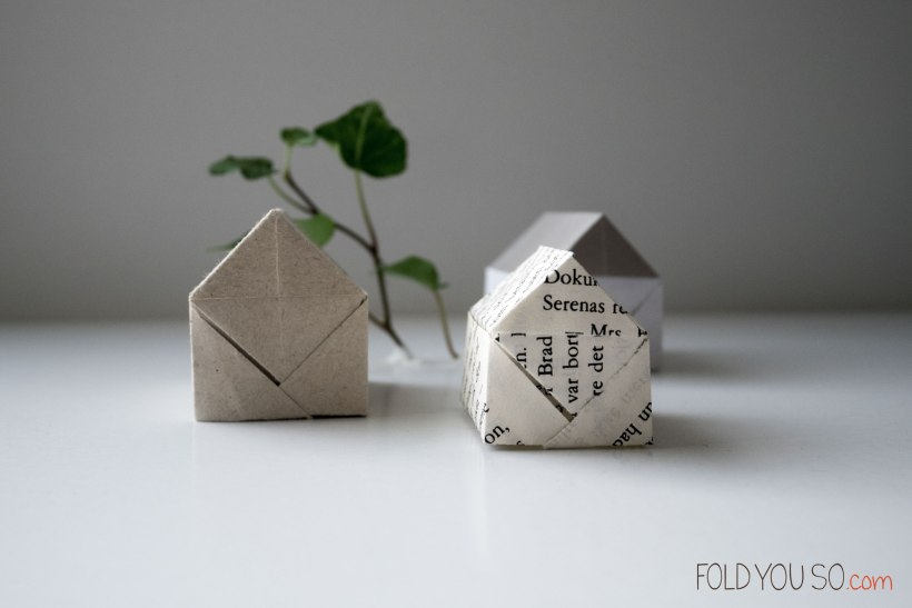 Paper houses - by Roma Diaz