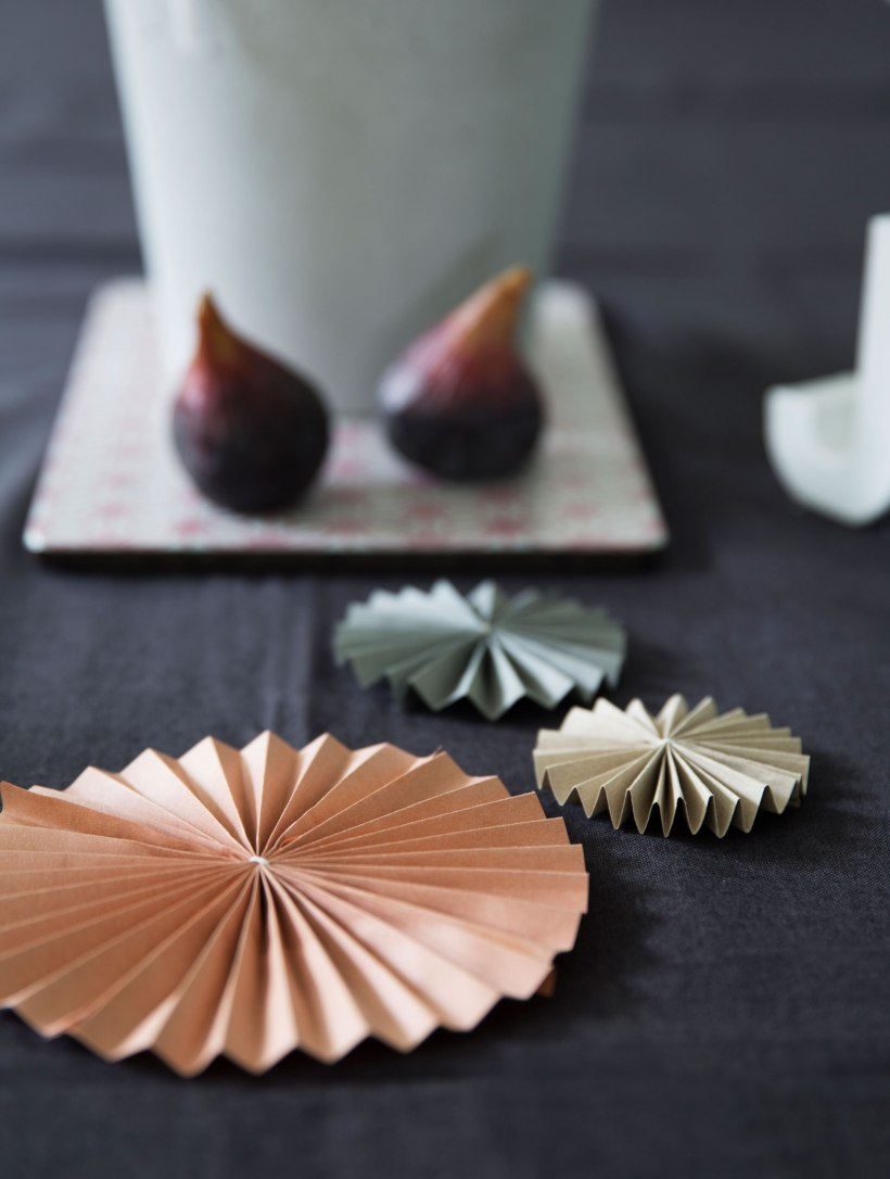 Decorate your table with some paper fans